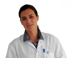 Portrait_Docteur_Helene_Perruez-Wessely_Radiologie_Imagerie_medicale_Lesneven_buste